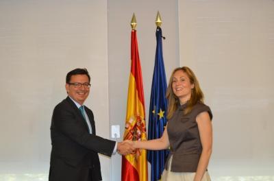 Firma del acuerdo en Madrid